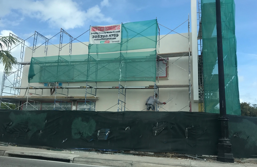 Work in progress Hotel Miami Stucco